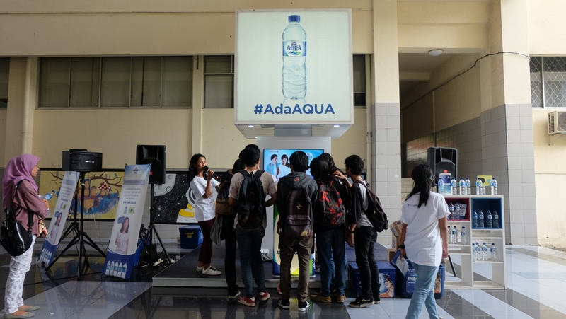 Danone AdaAqua Campus Activation Mercubuana